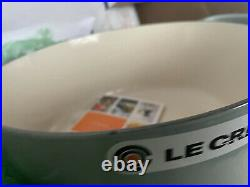 New Le Creuset Signature Enameled Cast Iron Round Dutch Oven 5.5 Qt Sea Salt 26