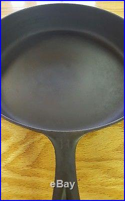 No. 11 Griswold Cast Iron Skillet- Erie, PA- Large Block Lettering