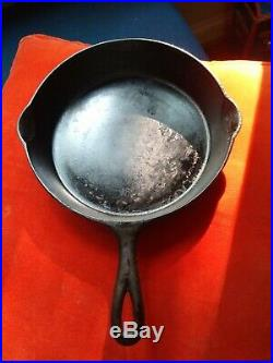 OLD Antique Cast Iron FAVORITE Piqua Ware Cast Iron Skillet THE BEST TO COOK IN