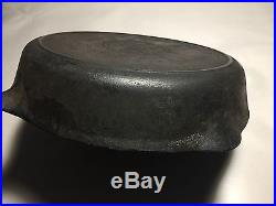 Old Very Rare Griswold Cast Iron #9 Skillet SLANT Logo 710 H with Heat ring