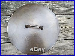 Pre Griswold Erie Cast Iron No. 9 Dutch Oven & Lid Cover