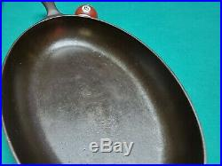 Price Reduced! Beautiful and Hard To Find Griswold No. 15 Oval Skillet Fish Pan
