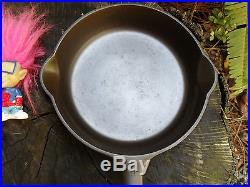 RARE Griswold Erie 4 Large Slant Logo withHeat Ring Cast Iron Skillet ca. 1909-1929