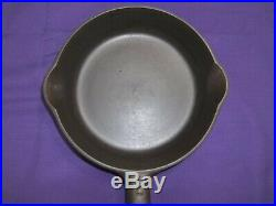 Rare #2 Griswold Cast Iron Skillet Smooth Bottom Slant Logo Excellent Condition