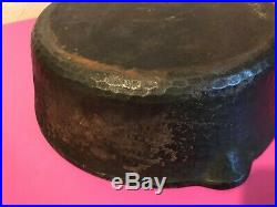 Rare Chicago Hardware Foundry #89a Heavy Hammered Cast Iron 10 Skillet & LID