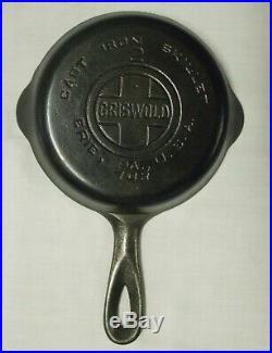 Rare Griswold #2 Cast Iron Skillet Large Block Logo #703