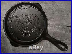 Rare Griswold Cast Iron Skillet No 4 Large Block Logo Heat Ring 702 Scarce Nice