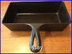 Rare Vintage Griswold Cast Iron Loaf Pan PN 877 Beautiful! Sits Flat