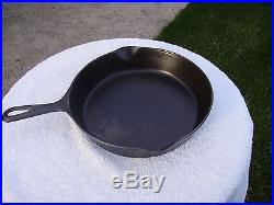 Sidney Script #8 With Erie Ghostmark Cast Iron Skillet 1888-1897