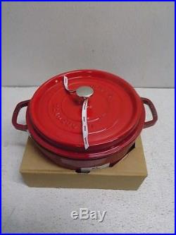 Staub 5.5-quart Cherry Red Round Dutch Oven with Two Mini Cast Iron Cocottes