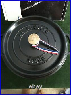 Staub Cocotte Casserole 9 3/8 in 4 qt. Black round Pot Cooking Pots Cookware