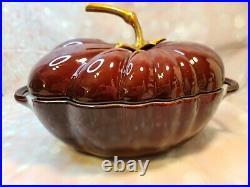 Staub Tomato Cocotte 9.5 25cm 2.9 L, 3qt Cast Iron Pot Cooker Bowl Grenadine