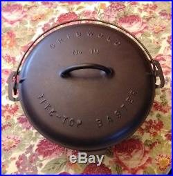 Very Nice Slant Logo Griswold #10 Baster / Dutch Oven P/N #835 with Trivet