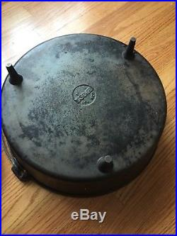Vintage Cast Iron Lodge 16 Camp Oven / Dutch Oven Discontinued