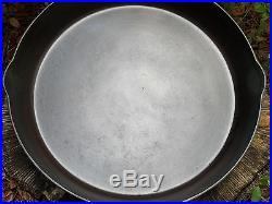 Vintage Favorite No. 14 Cast Iron Skillet Diamond Logo, 15 1/4 Dia
