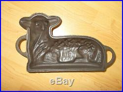 Vintage GRISWOLD Cast Iron Lamb Cake Mold No. 866 with original box and insert