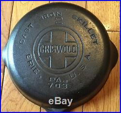 Vintage GRISWOLD No. 2 CAST IRON SKILLET P/N 703 -Great Condition