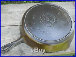 Vintage Griswold #11 717 Cast Iron Skillet with Heat Ring