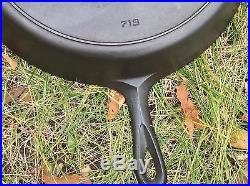 Vintage Griswold #12 Cast Iron Skillet with Large Block Logo & Heat Ring 719