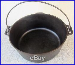 Vintage Griswold N0. 10 Tite Top Cast Iron Dutch Oven #2553A Lid with 208 Trivet