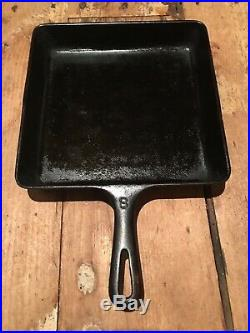 Vintage Griswold cast iron Square Fry Skillet pan #8 210B