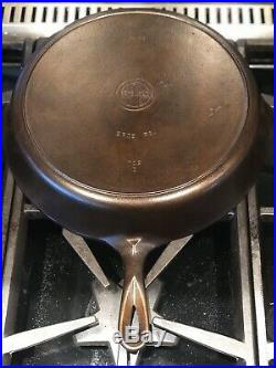 Vintage HTF Griswold # 12 Cast Iron Skillet Heat Ring With #12 Lid