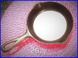 Vintage SCARCE' Griswold #2 703 Cast Iron Skillet Block Logo Extremely Nice