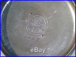 Vtg Griswold #9 Dutch Oven #834C with Bail Handle and #2552 Lid /Large Slant Logo