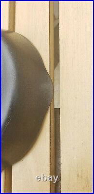 Vtg Wagner Ware Sidney O # No 2 A Cast Iron Skillet US HTF Rare Antique Pan AAFA