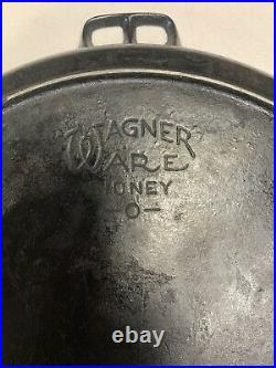 Wagner #14 -1064 Very Large Double Handle Cast Iron Skillet-Heat Ring-Beautiful