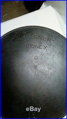 Wagner No. 12 Cast Iron Skillet & Lid