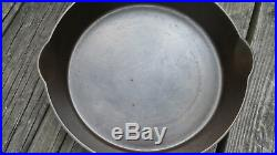 Wagner Sidney O. No. 11 Cast Iron Skillet with Heat Ring