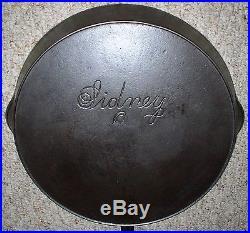 Wagner Sidney Script Hollowware Cast Iron #11 Skillet Circa 1890s (rare)