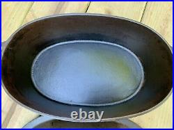 Wagner Ware No. 2 Handwritten Oval Roaster-Dutch oven- withlid- RARE Cast Iron