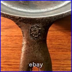 Wapak Cast Iron #3 Indian Head Medallion Skillet, High Grade Hollow Ware RARE